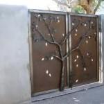 custom-gates-23